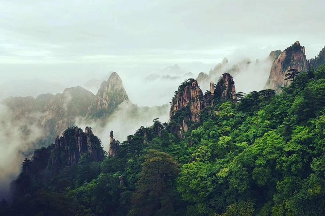 Private daily tour - Yellow Mountain and Tunxi Ancient Street