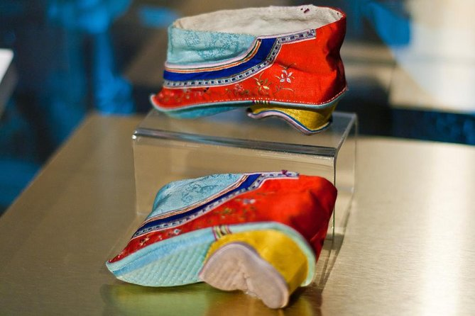 2-Hour Private Chinese Foot-binding Shoe Museum Tour in Shanghai