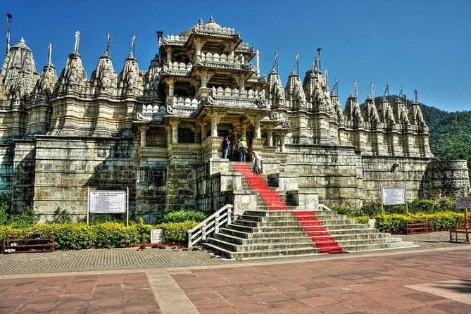 Day tour of Kumbhalgarh Fort tour with Ranakpur Jain Temple from Udaipur
