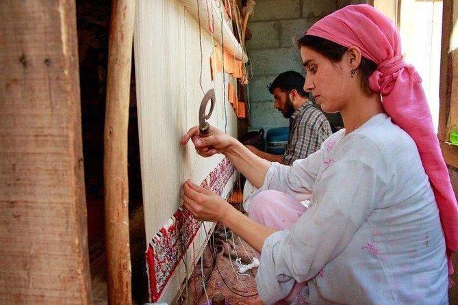 Silk and Village Tour of Varanasi