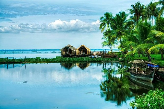 South India Tour- Temple Architecture and Backwaters