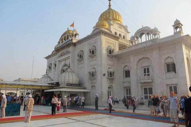 Private Connaught Place Tour including Hanuman Temple, Bangla Sahib, India Gate