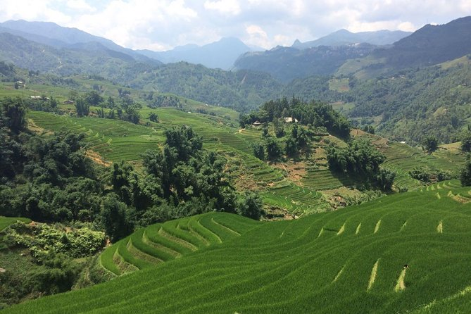 2days 2nights Private tour Sapa trekking 1 way train 1 way luxury bus from Hanoi