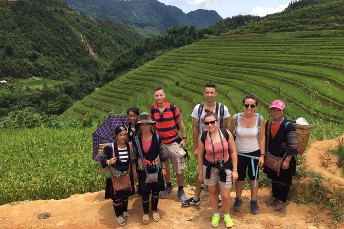 3days 3nights private tour Sapa trekking 1 way train 1 way luxury bus from Hanoi