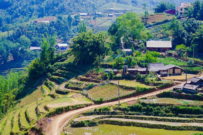 2days 1night Private tour Sapa trekking, hotel and luxury bus from Hanoi