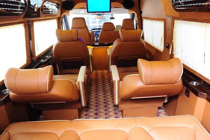 Noi Bai airport transfer by luxury Limousine Bus to Sapa from Hanoi