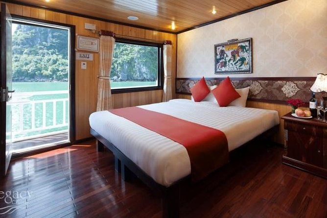 Halong Bay Multi-Day Cruise from Hanoi with Hotel Pickup