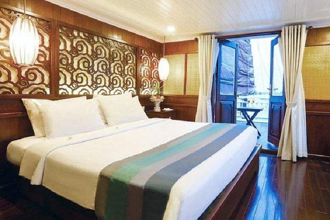 Ha Long Luxury Deluxe Cabin 2 days 1 night depart from Ha Noi