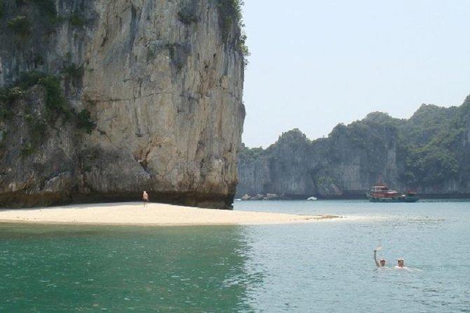 Full Day Kayaking Lan Ha Bay