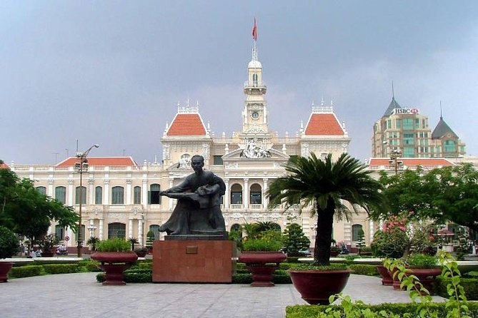 3 days Ho Chi Minh Cu Chi Tunnel Cao Dai Temple My Tho Ben Tre Can Tho