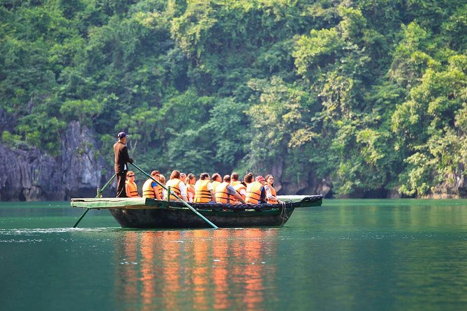Ha Long 3-star cruise visit caves do kayaking by Limousine bus from Hanoi 3 days