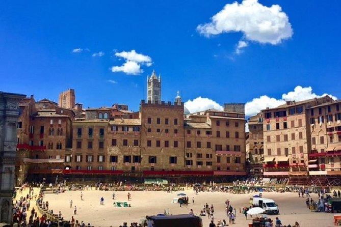 Siena, San Gimignano and Chianti Wine Small Group from Viareggio