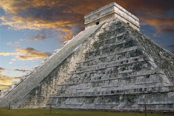Chichen Itza and Cenote Trip with Luxury Transport from Cancun or Riviera Maya