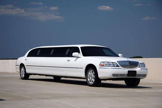 Rent a Car for Wedding: White Lincoln Limousine