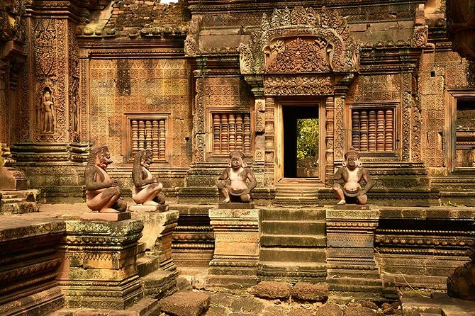 Full-Day Banteay Srei & 4 Temples Join-in Tour