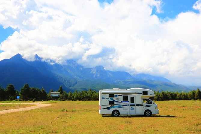 7 Days RV Tour in Southeast Yunnan with Red Land and Rice Terrace