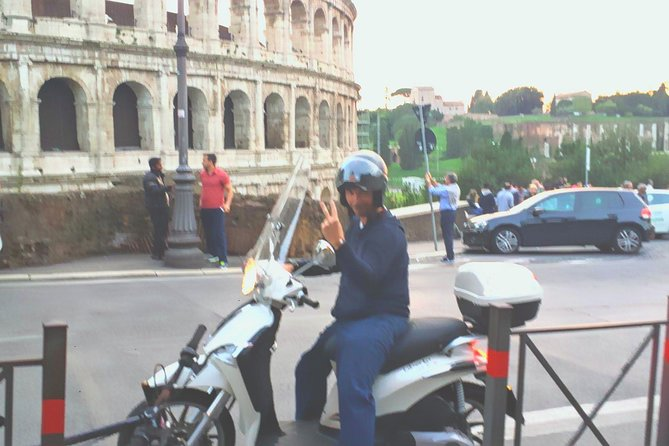 Liberty 125cc Scooter Rental in Rome photo 1
