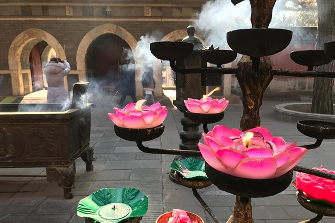 Private Day Tour: Go on a Temple Pilgrimage including Vegetarian Lunch and Afternoon Tea