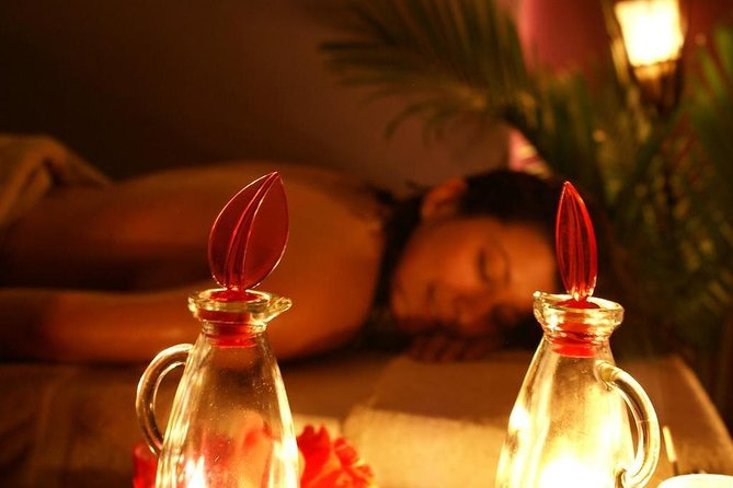 Private Beijing By Night: Illuminated tour with Spa treatment