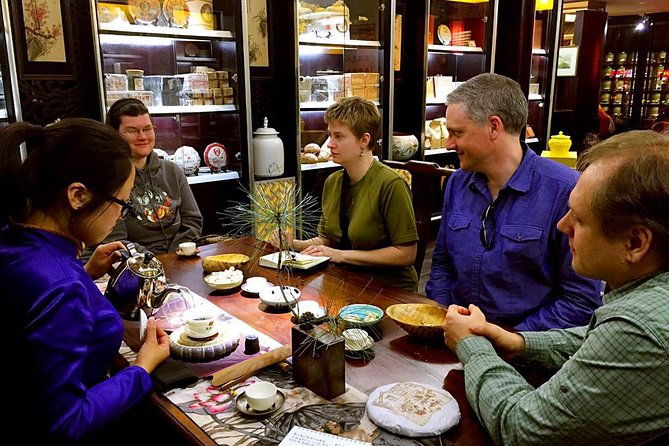 Private Beijing Walking Tour: Food and Tea