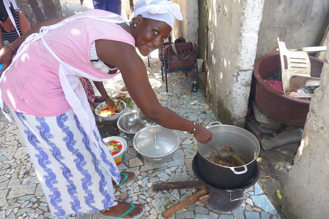 Private Full-Day Gambian Home Cooking Experience in Banjul photo 1
