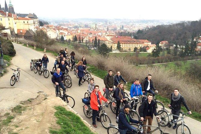 E-Bike Panoramic City Tour of Prague with Prague Castle