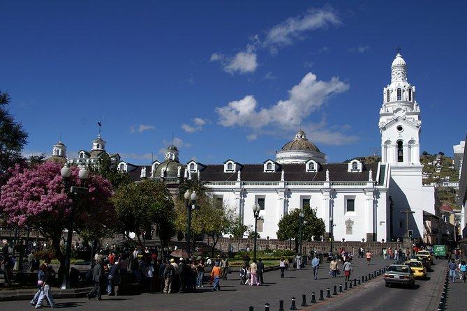 Private Colonial Quito City Tour Including El Panecillo