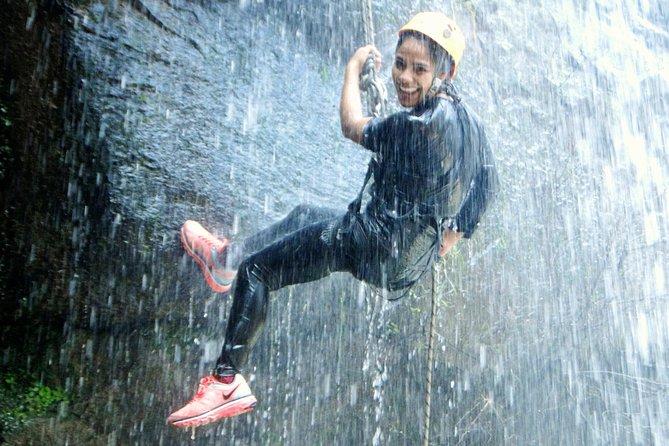 Tixhiñú Waterfalls Abseiling Adventure (for beginners)