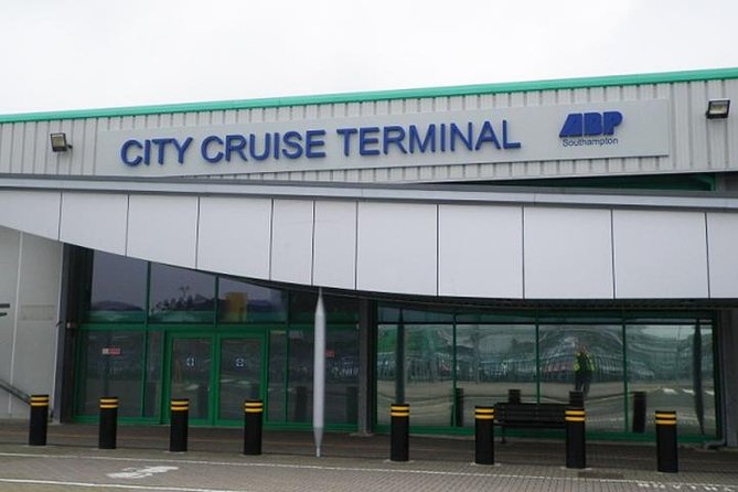 Private Arrival Port Transfer Southampton Port To London Heathrow