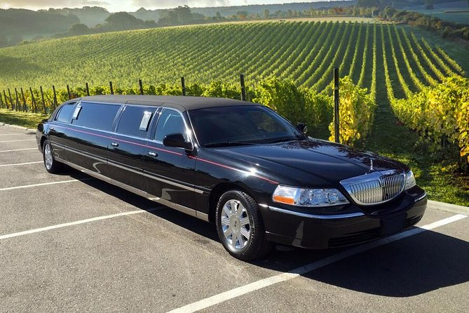 6 Hour Napa or Sonoma Wine Tour in Private Limousine