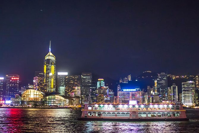 Hong Kong Tour, Victoria Harbour Dinner Cruise & TurboJet Transfers from Macau