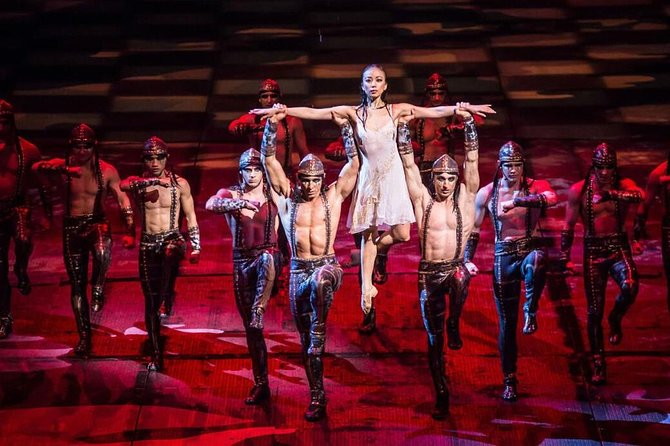Macau Sightseeing and Transfer for House of Dancing Water Show