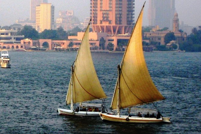 Day tour Giza pyramids and felucca on the Nile