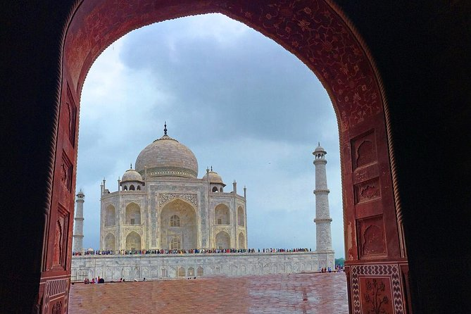 Taj Mahal Sightseeing with a drop at Agra or Jaipur from Delhi photo 1