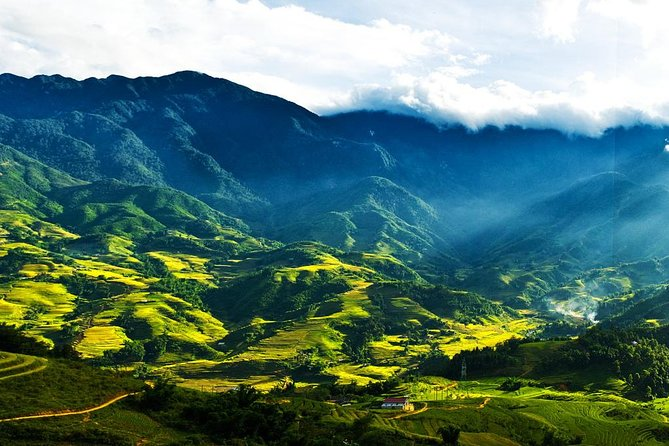 Sapa Off The Beaten Track 2 Days - 1 Night Tour by Express Bus