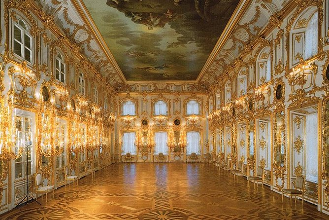 St Petersburg 2 Day Tour to Filming Locations for the BBC's Epic War and Peace