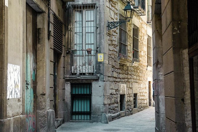 Walking History Tour of Barcelona's Jewish Quarter