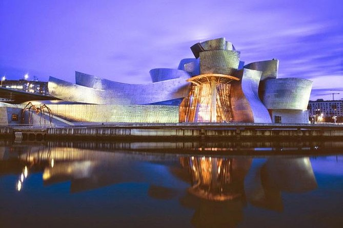 Bilbao Guggenheim Museum Exterior and Interior Small-Group Tour