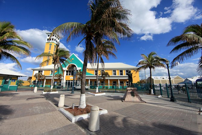 Discover Nassau Land and Sea Sightseeing Tour