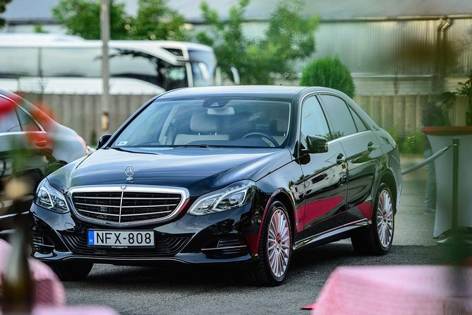 Hotel -Budapest Airport transfer - Mercedes Benz