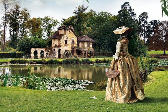 Versailles: Domain of Marie-Antoinette - VIP private tour