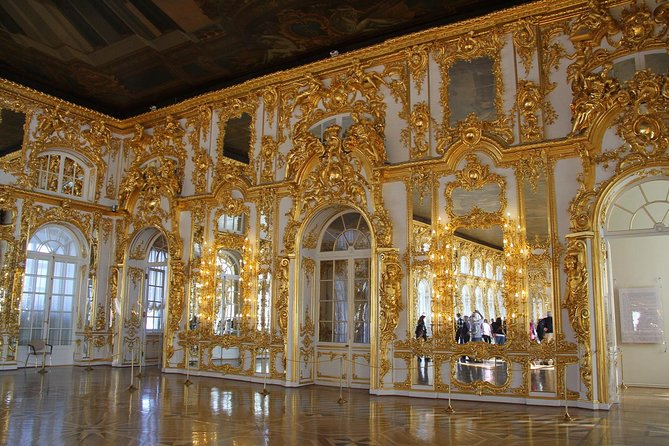 Tagestour zu den Höhepunkten von Sankt Petersburg, einschließlich Zarskoje Selo und Pawlowsk-Palast