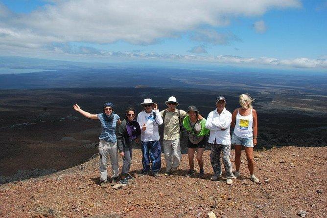4-Day Galapagos Land Tour Visiting Isabela and Santa Cruz