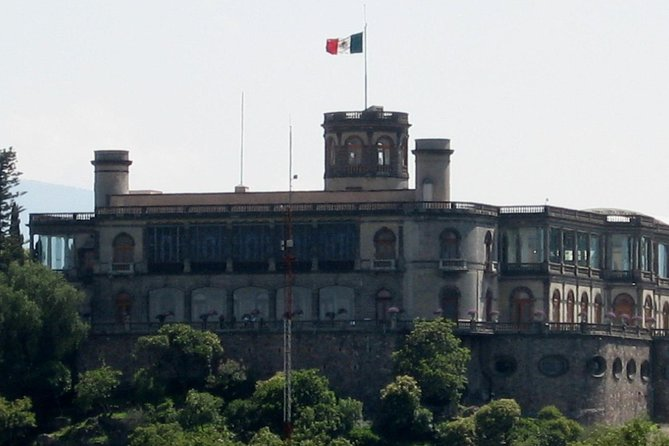 Visit Chapultepec's Castle and Reforma Avenue
