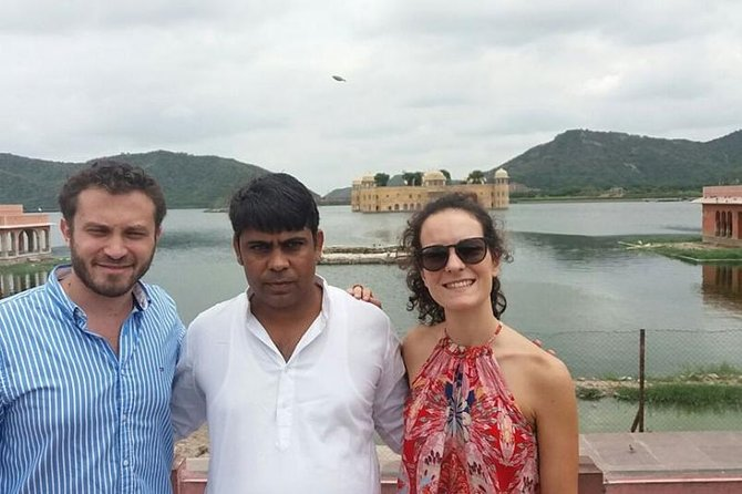 Jaipur tour package for 3 Days 2 Nights without Hotel