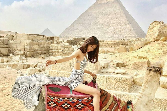 Giza Pyramids and Sphinx - Small Group With a Private Guide
