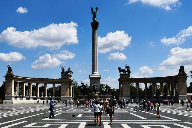 Budapest Half-Day Sightseeing by public transport