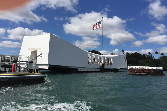 Skip The Line: Deluxe Pearl Harbor Small-Group Tour