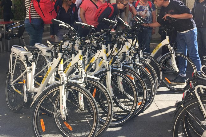 Madrid ebike fun and sightseeing tour (11 am and 3:30 pm)