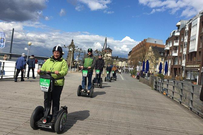 Düsseldorf Segway Tour: Classical City Experience